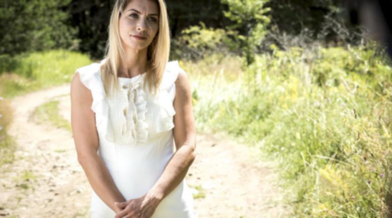 """Бомба във """"Фермата""""! Участничка с положителен тест за бременност"""