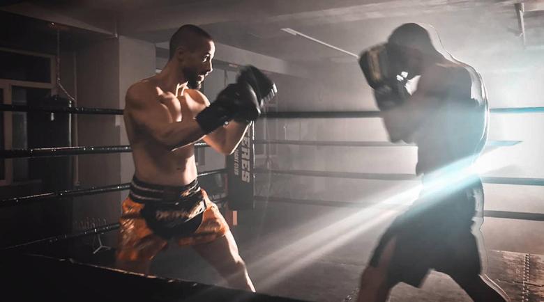 Наум Шопов се прави на Роки, тренира в Пловдив