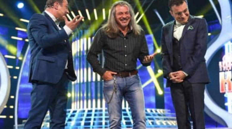 Димитър Рачков стъпка Халваджиян, спасява се поединично