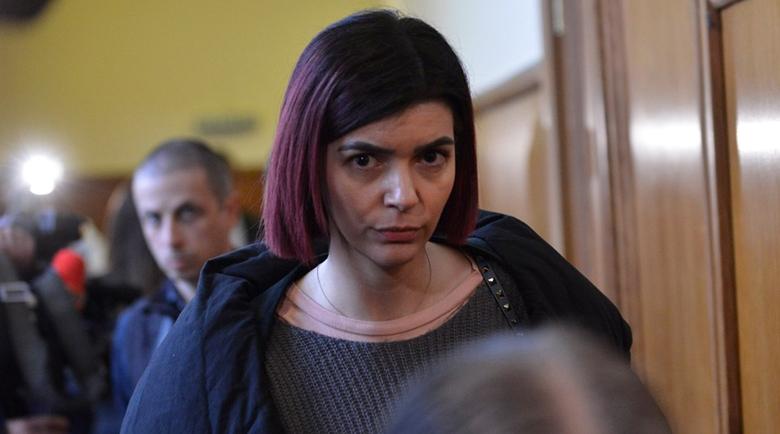 Ива Софиянска изплака: Няма къде да отида на работа!