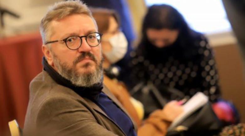 Карбовски мести предаването си при Слави в 7/8 ТВ