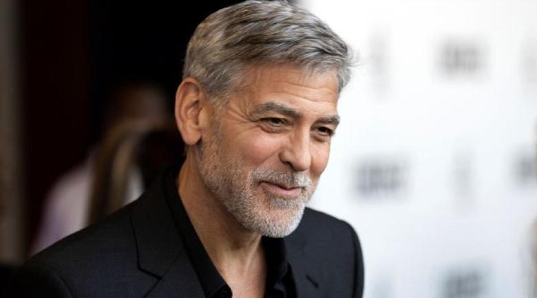 Джордж Клуни защити псуващия екипа си Том Круз