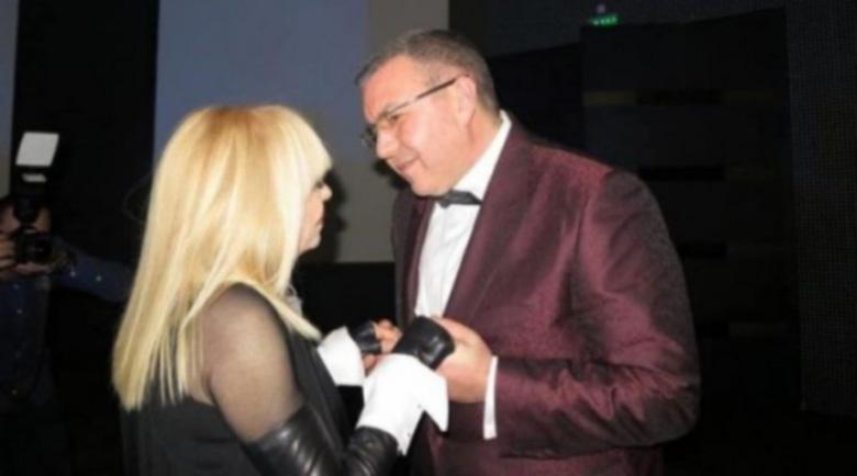 Лили Иванова и здравният министър се радват на дългогодишно топло приятелство