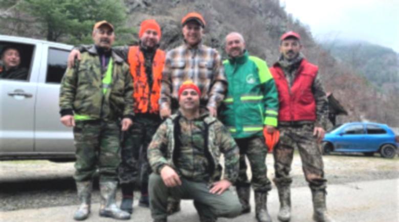 Христо Стоичков отмаря на лов с авери в Ардинско