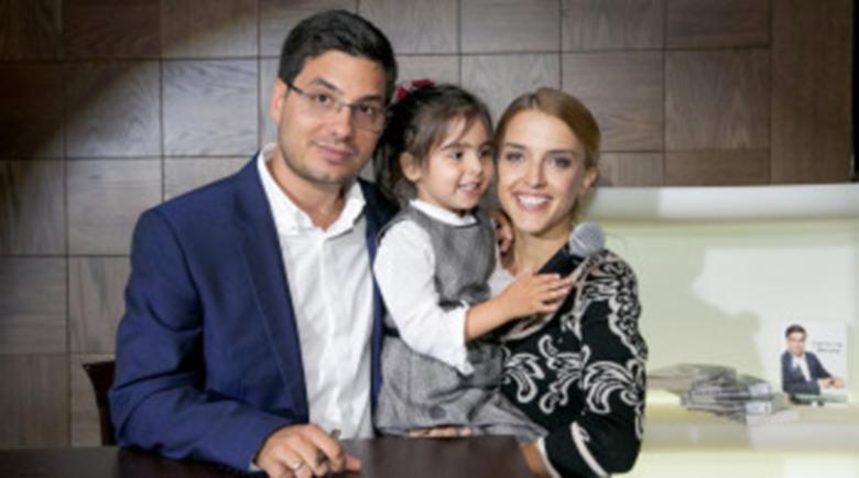 Блага вест в bTV! Любими на цяла България водещи чакат бебе