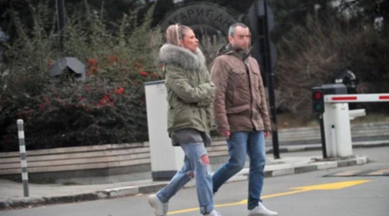 С кого се събра Лилана след като излезе от ареста?