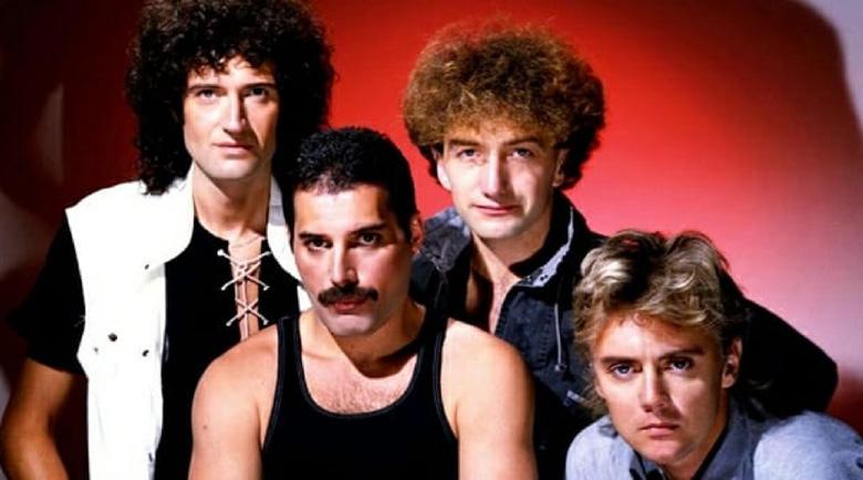 Queen пускат неиздаван запис от старта на кариерата си