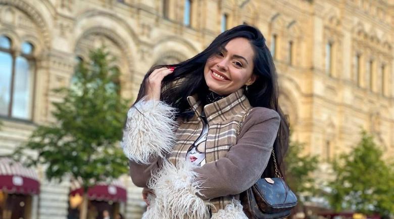 Мис България иска извинение от Рита Ора и дизайнера й