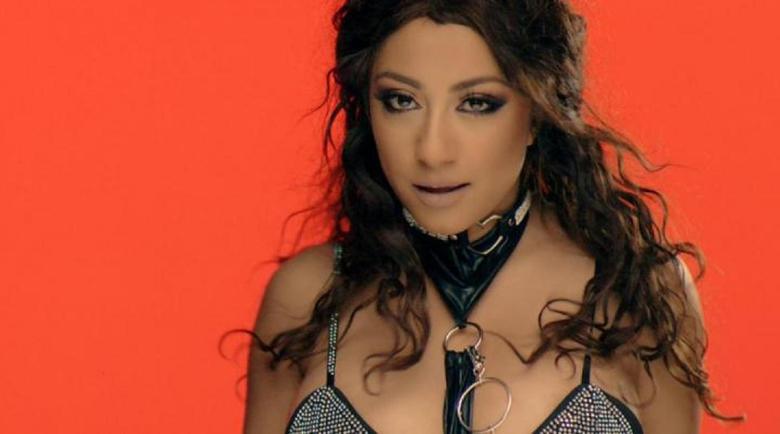Поп-фолк певицата Роксана е с коронавирус