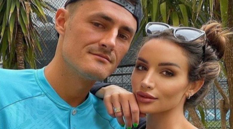 Томич надяна пръстен на палавата порнозвезда Ванеса