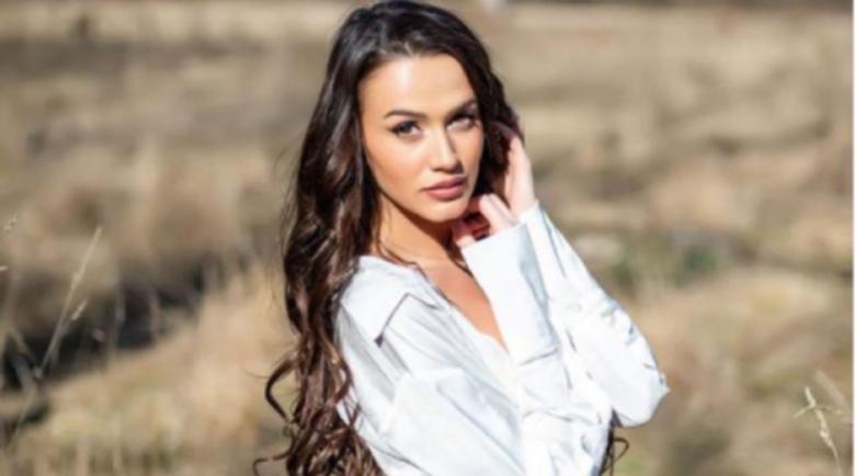 Дениз Хайрула продава голите си снимки, за да се издържа