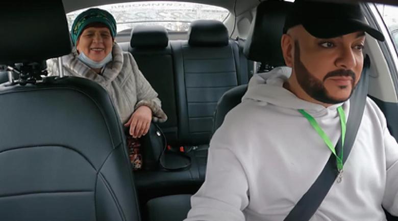 Какъв бакшиш заработи Филип Киркоров като таксиметров шофьор