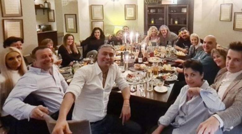 Хилда Казасян празнува с Рачков финала на шоуто